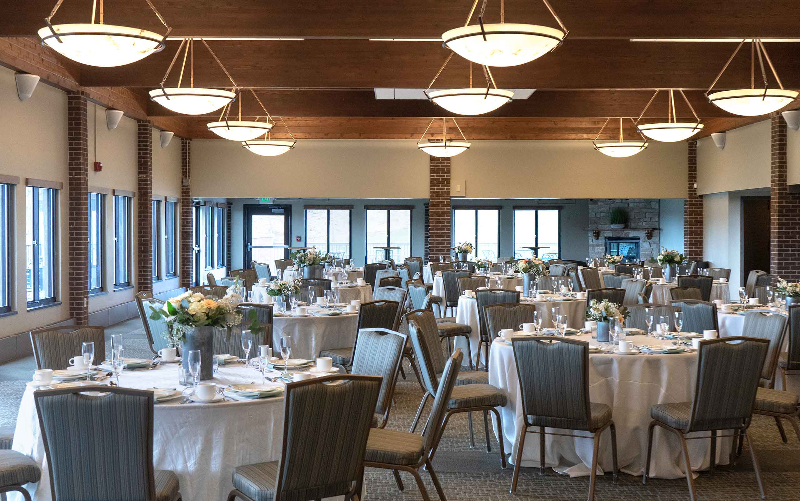 Braemar Meeting and Events space with decorated tables